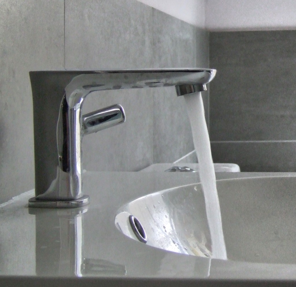 Lyra Basin Mixer Tap Richmond Bathrooms