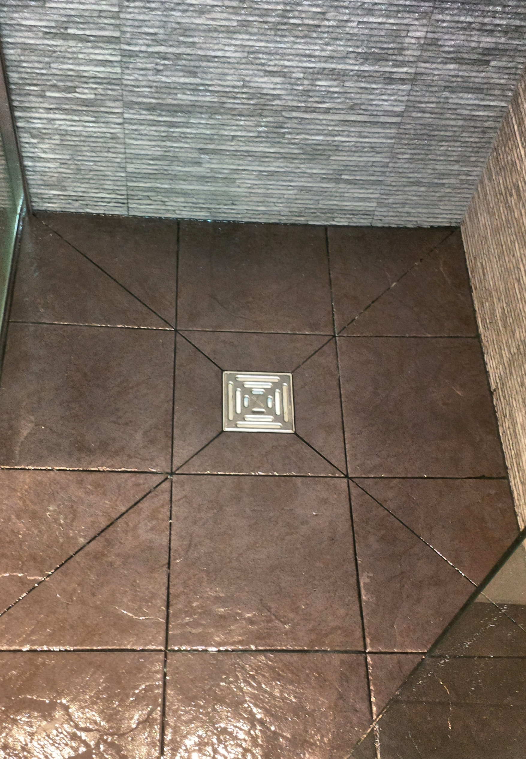 Wet room drains and gullies square grating wet room formers on the wetroom floor with square gully london bathrooms for wet room drains and gullies dailygadgetfo Choice Image
