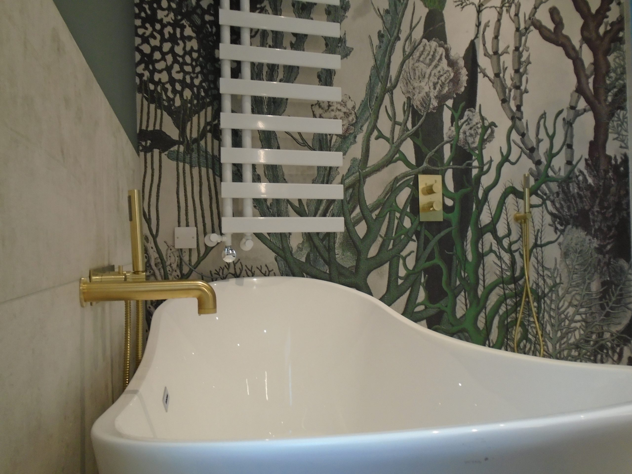 free standing bath with nickle wall mounted bath filler